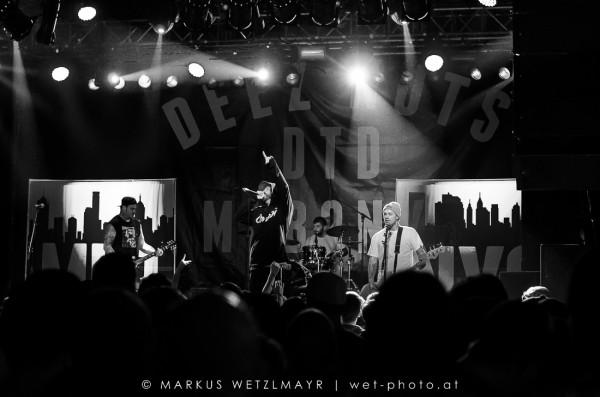 DEEZ NUTS @ Arena